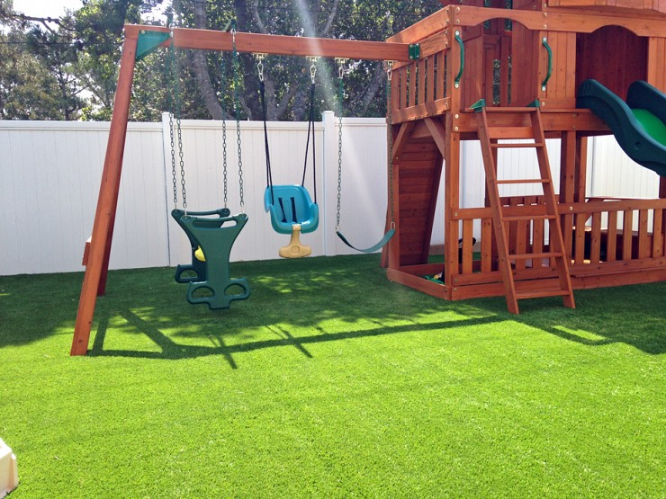 Benefits of Synthetic Grass In Toronto