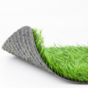 What's The Difference Between Synthetic Turf and Real Grass